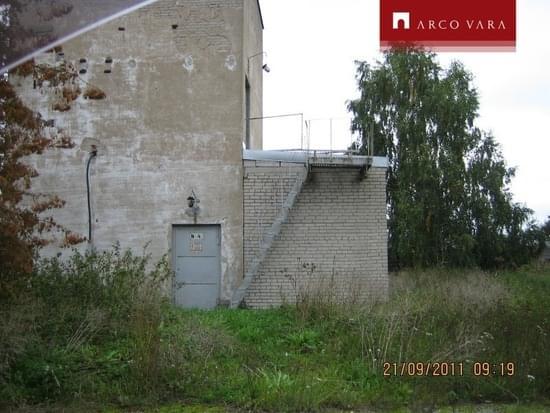 cd54d13f579 Müük Maa, 190 000 €, Narva tn 42